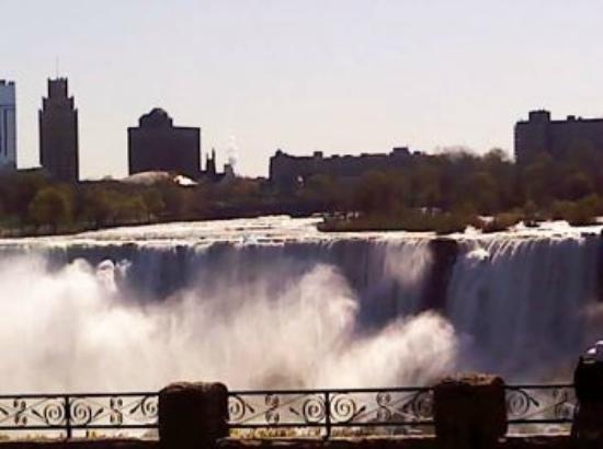 Rodeway Inn Fallsview: Famous Niagara Falls