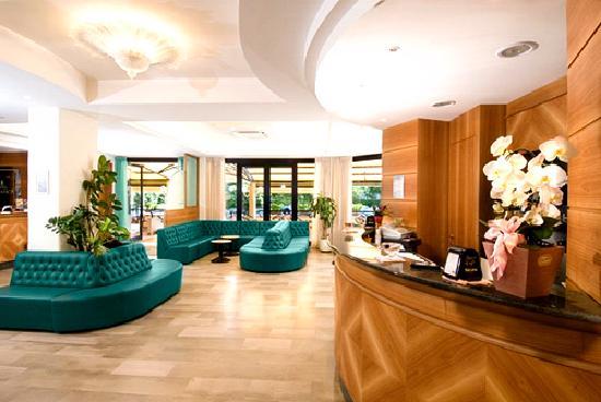 Hall dell'Hotel Turistica di Senigallia