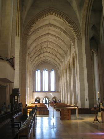 Guildford Cathedral: Chancel looking west