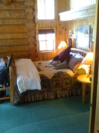 Brooks Lake Lodge and Spa: sheep suite bedroom