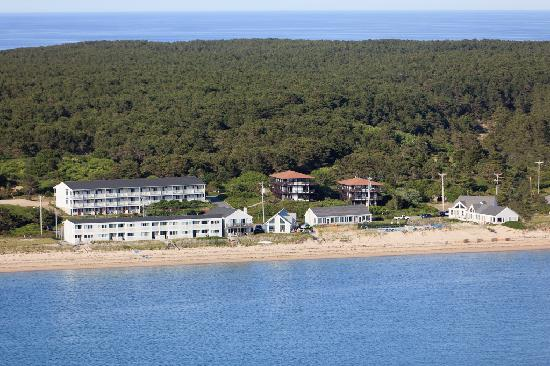 Horizons Beach Resort: Aerial of Resort