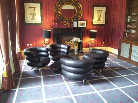 Monart: Eileen Gray Bibendum Chairs in the Lounge