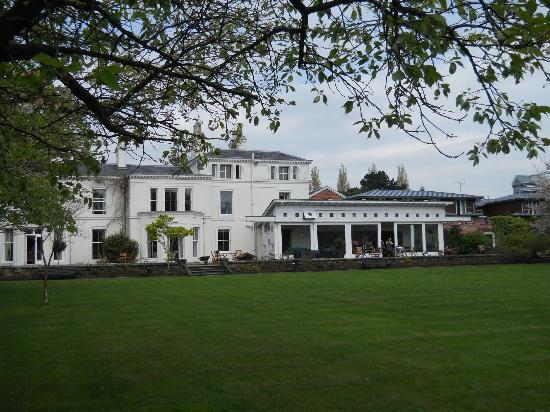Chancellors Hotel: Grounds