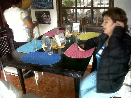 Restaurante Las Orquideas : Mesas limpias y bonitas