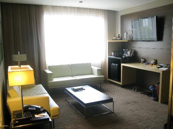 Le Meridien Panama: Livingroom