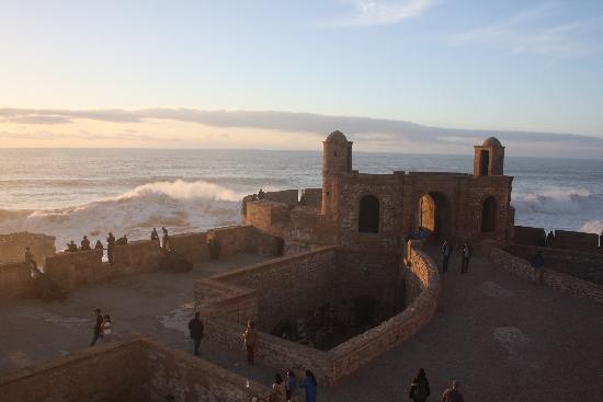the ramparts of essaouira - photo #10