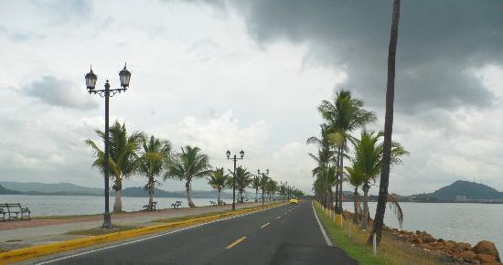 Amador Ocean View Hotel & Suites : Traveling down the Causeway toward Panama City.