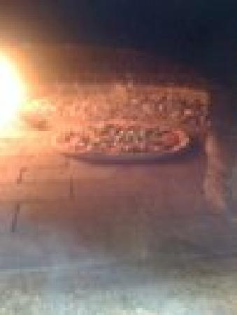 "La Campagna: ""Authentic Wood Fired Oven Pizza"""