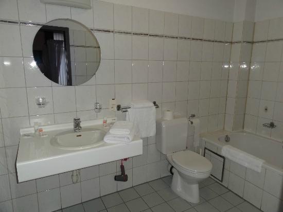 'T Land Van Bornem: Bathroom