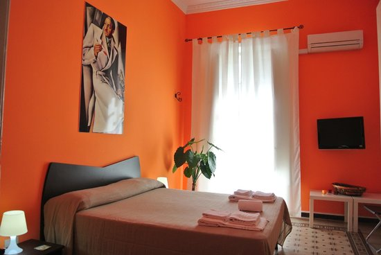 B&B Notti Magiche: orange room