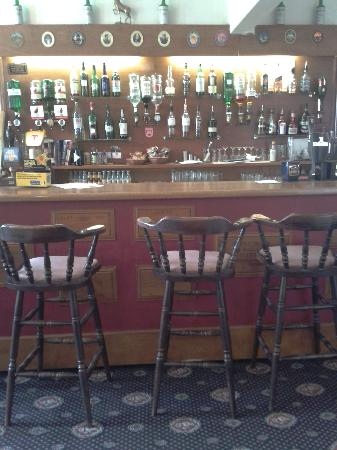 Heatherlie House Hotel: Cosy bar with local ales and good malt whisky selection.