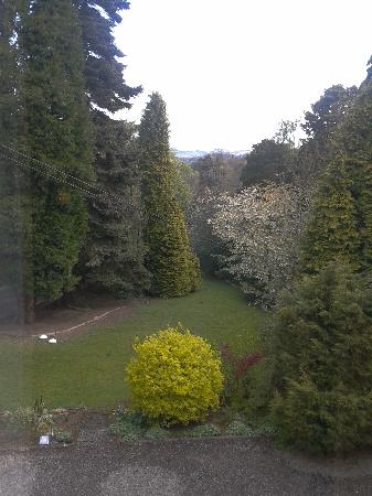 Heatherlie House Hotel: Mature Gardens overlooked by most rooms