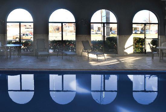 Days Inn Amarillo - Medical Center : Indoor Pool