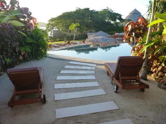 The Havannah, Vanuatu: Private infinity pool entrance from Lagoon room