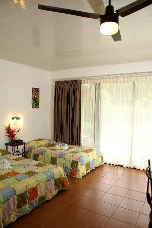 Tirimbina Lodge: A/C, Wi-Fi, Safe Box, Phone