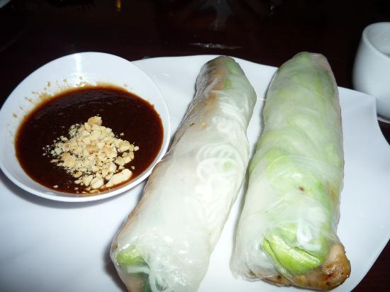 Kanata Noodle House: roll ups with chicken
