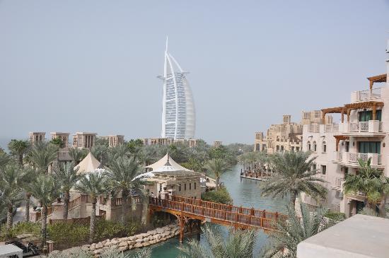 Jumeirah Al Qasr at Madinat Jumeirah: Burj Al Arab view