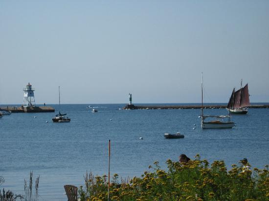Cobblestone Cove Villas: View from Patio
