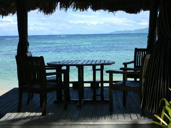 Qamea Resort And Spa Fiji: You can eat on the beach