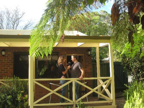 Edge of the Forest Motel & Cottage: Enjoy Margaret River wine with a forest view