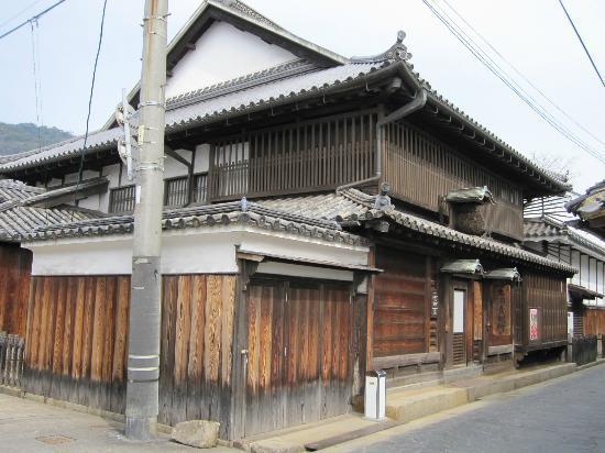 Φουκουγιάμα, Ιαπωνία: 外観