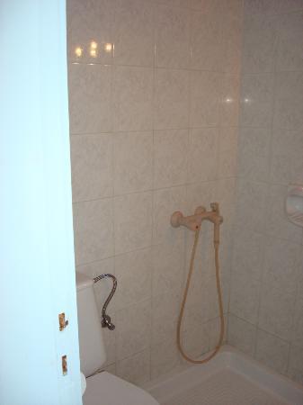 Villa Pavlina : sencillo, pero la ducha es lo que no me gustó