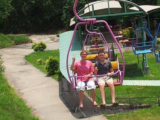 Thongsomboon Club: chair lift to get back uphill after riding the luge