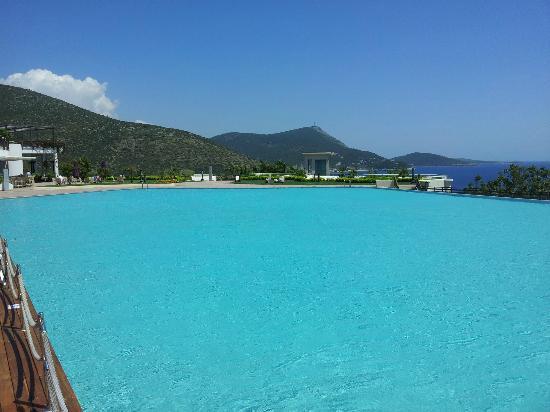 Kempinski Hotel Barbaros Bay: pool