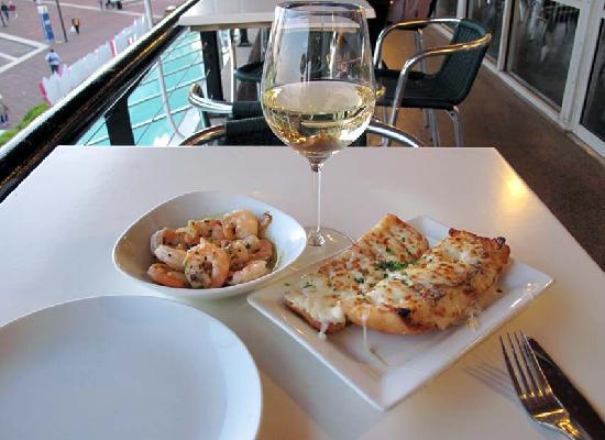 La Tasca - Baltimore: Wine and tapas at La Tasca