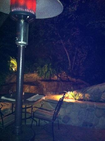 Bodee's : the patio at Bodee Restaurant