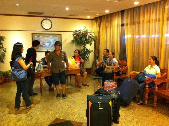 Hotel 81 - Star: Receiving Area