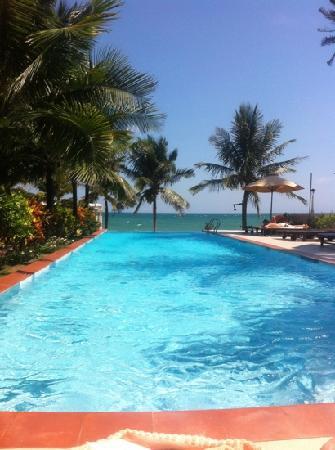 Grace Boutique Resort: lovely warm pool