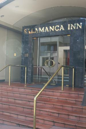 Salamanca Inn: Entrance