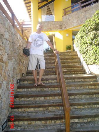 Pousada Joao Fernandes: entrada de la posada y hay otra sin escaleras
