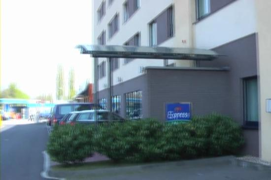 ShowUserReviews g d r Holiday Inn Express Cologne Troisdorf Cologne North Rhine Westphalia.