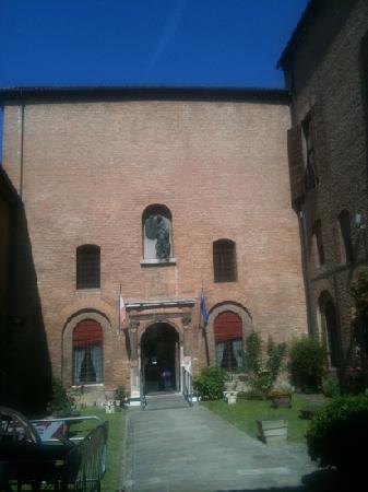 Museo del Risorgimento e della Resistenza: Ingresso