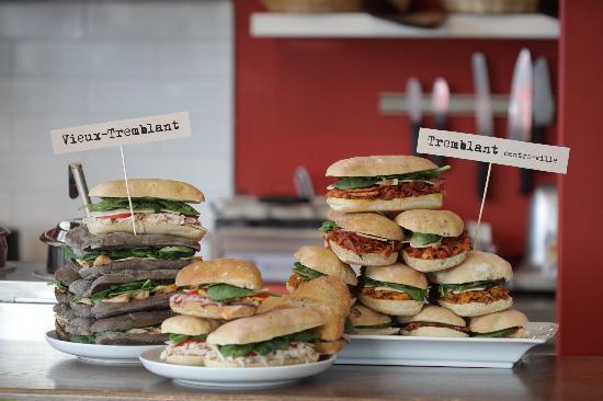 La Sandwicherie Cafe + Bistro: Vieux-village / Centre-ville