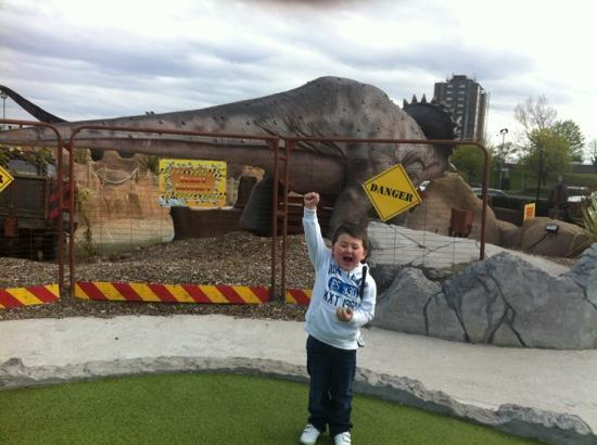 Jurassic Parrr Adventure Golf: after getting a hole in one!!!!