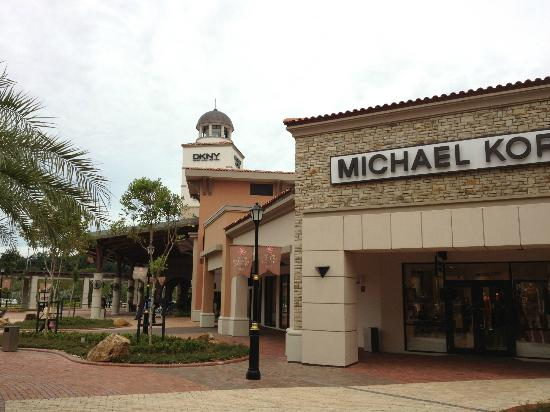 Kulai, Malaysia: Michael Kors