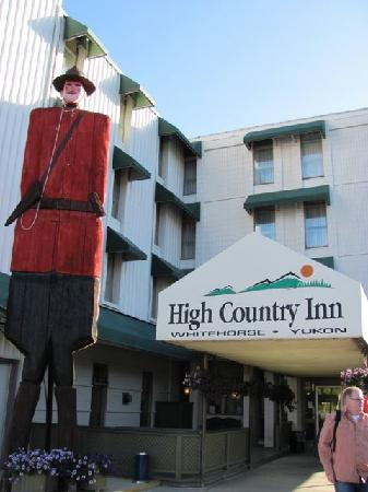 Coast High Country Inn: Hoteleingang