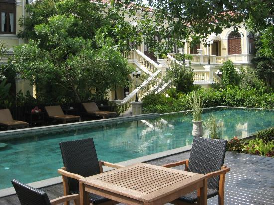 Praya Palazzo: HOTEL CHAO PRAYA BANGKOK - PISCINE
