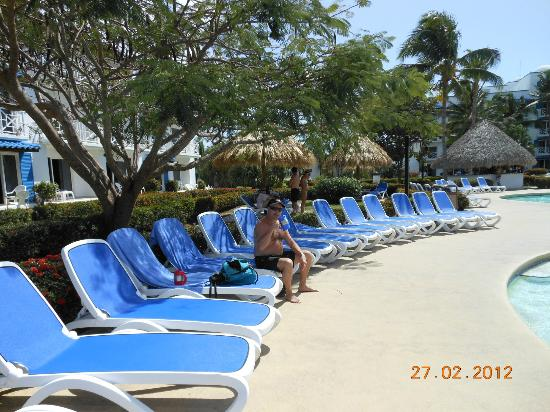 Hotel Playa Blanca Beach Resort: quiet pool