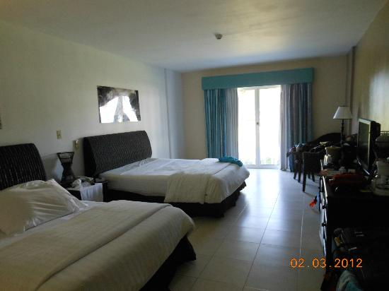 Hotel Playa Blanca Beach Resort: room