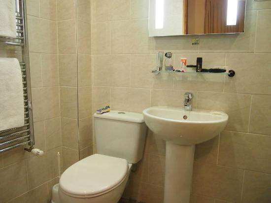 Star Hotel B&B: Einhebelmischer am Waschbecken