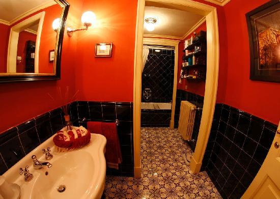 A Suite in Florence: Bathroom 1 Dimora del Barone
