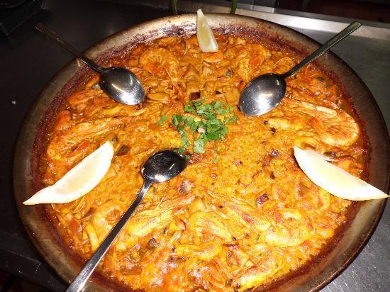 Trattoria Da Ugo: paella marisco