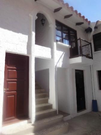 Hostal CasArte Takubamba: Fachada Interior primer patio