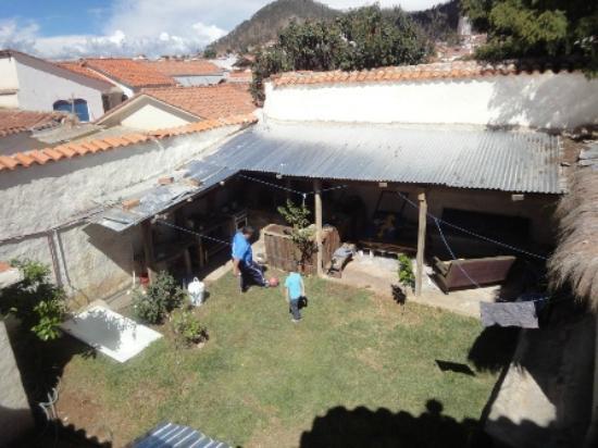 Hostal CasArte Takubamba: El campo (segundo Patio)