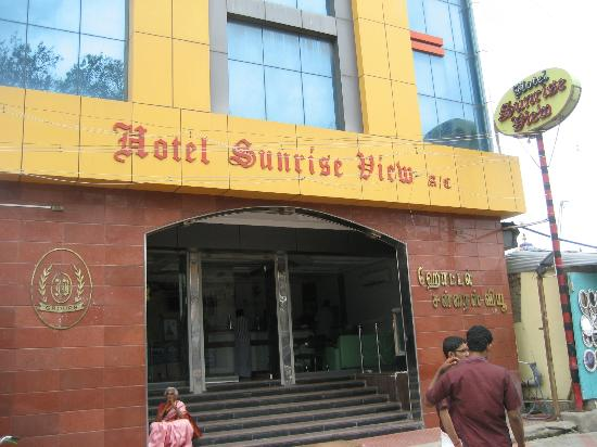 Hotel Sunrise View Frontage