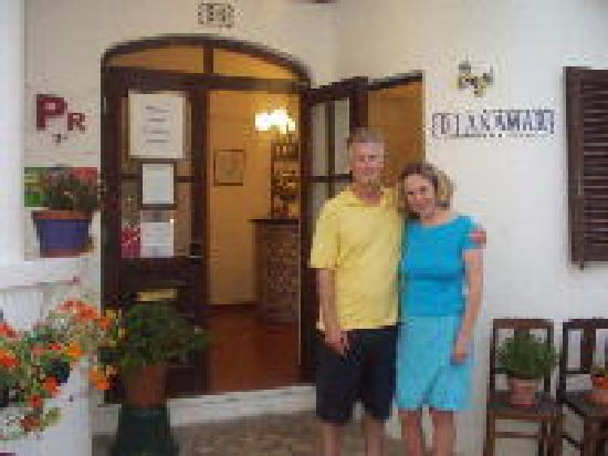 Eva and Mats welcome you to Dianamar
